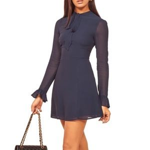 NWT Reformation Fox Dress in Navy size 10 ~size 6